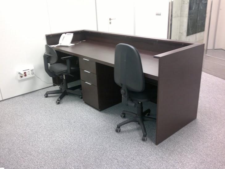 Muebles oficina recepcion 20170817205234 for Muebles de oficina a medida